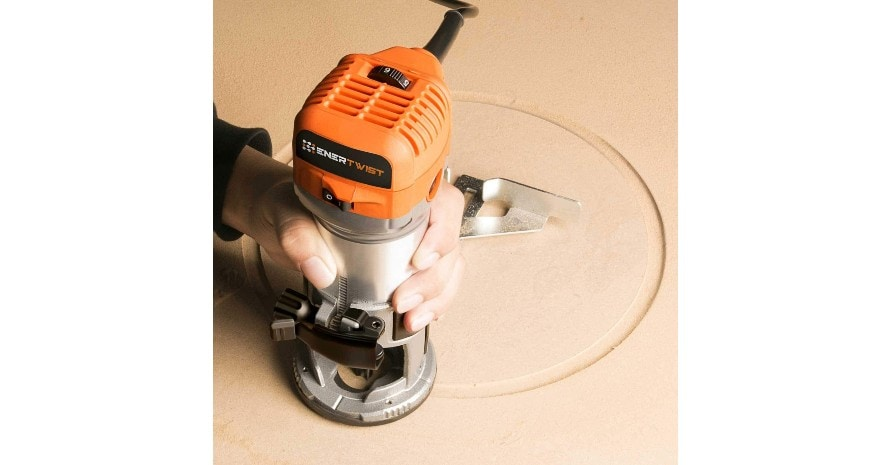 Enertwist Compact Router Tool at work