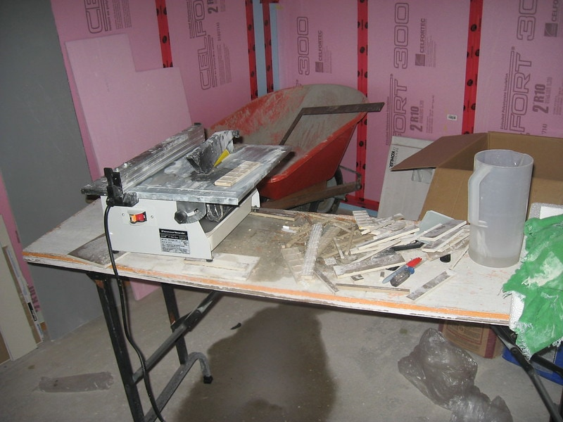 tile saw in a room