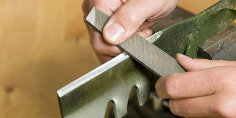 How Often to Sharpen Mower Blades – A Guide for Homeowners