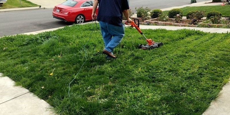 How to String a Weed Whacker: Detailed Instructions